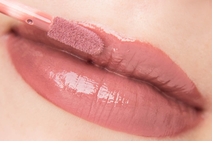 EL Corazon 235 Volume Liquid lipstick